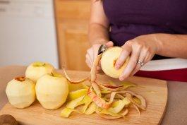 The Easiest Method for Freezing Fresh Apples for Baking