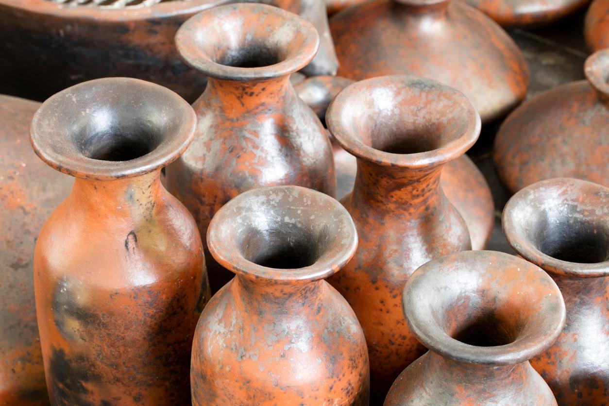 clay pot irrigation method