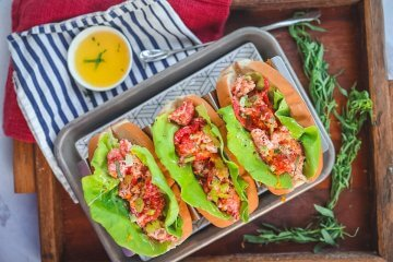 New England Lobster Roll Recipe with Lemon and Tarragon