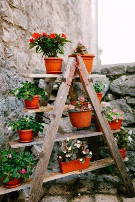 How to Make a DIY Tower Garden for Vegetables and Herbs
